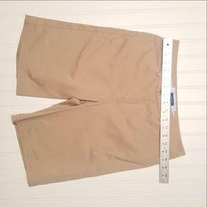 Dockers Shorts - Women's Dockers Khaki Shorts Size 4 (P02-07)